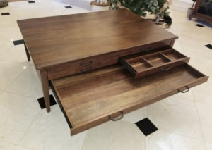 puzzle game coffee table
